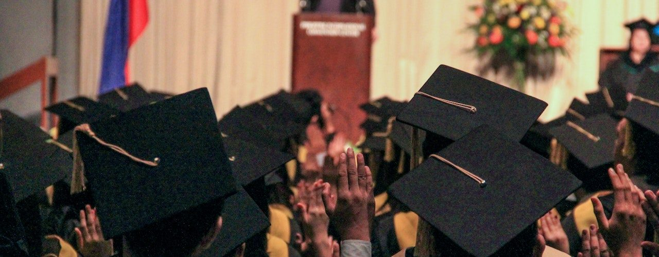 5 Things You Must Do Before Planning a Graduation Party for your Child